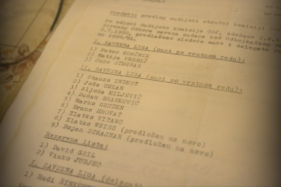 Predlog sodniških list za sezono 1991-92, iz katere so razvidni slovenski sodniki, ki so takrat sodili še v bivši skupni državi Jugoslaviji. Med temi so še vedno aktivni: Peter Končnik, Jure Stegnar, Stanko Indest, Brane Hrovat in David Gril.