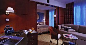 Sodniki in tuje ekipe smo nameščeni v Austria Trend hotelu