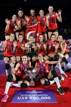 Veliko slavje turške ekipe po osvojenem naslovu